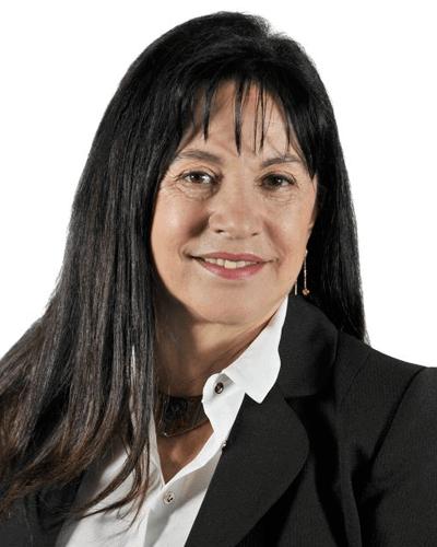 María Ester Paredes M.